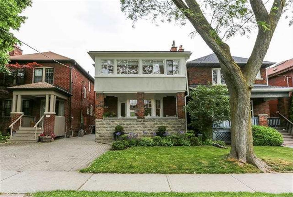 318 St Clements Ave Toronto RE/MAX Hallmark Group of Companies