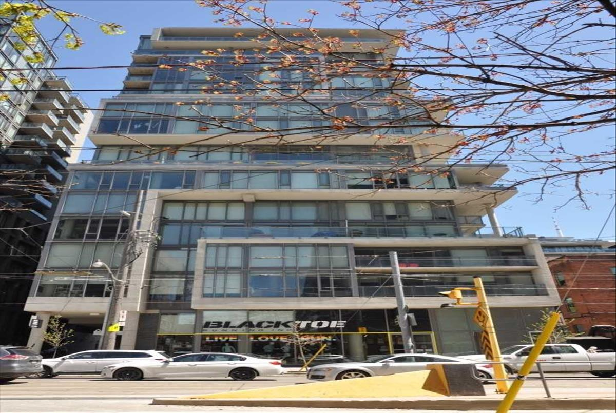 95 Bathurst St Toronto RE/MAX Hallmark Group of Companies