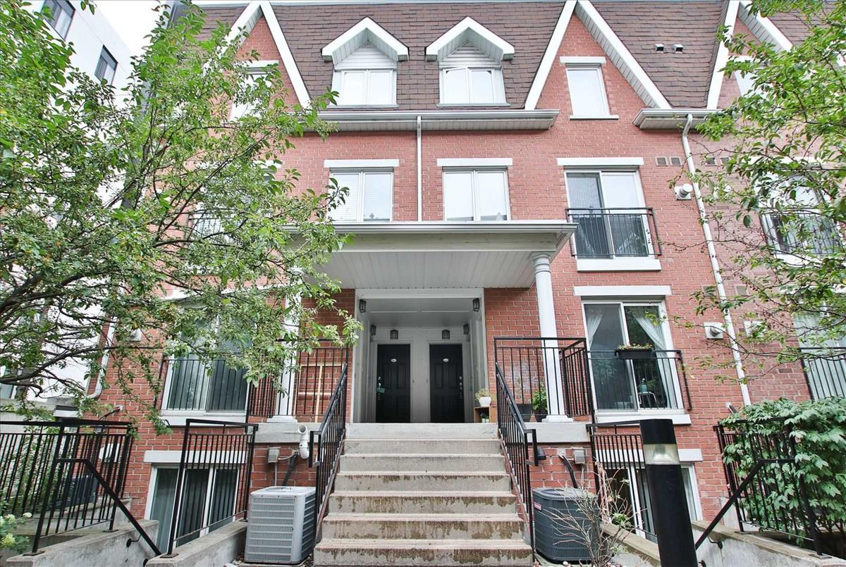 18 Laidlaw St Toronto RE/MAX Hallmark Group of Companies